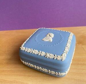 WEDGWOOD  BLUE JASPERWARE TRINKET BOX 250th ANNIVERSARY  BIRTH JOSIAH WEDGWOOD
