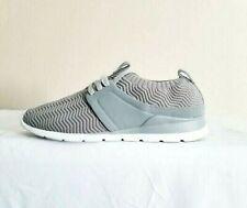 UGG Willow Women's Gray Australian Sneakers. Size 9