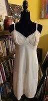 Vintage Vanity Fair Sandwich Lace Petticoat slip nylon SZ 36 White