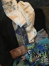 Lot of womans 8 clothing, Small