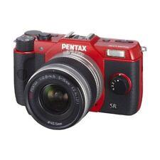 Near Mint! Pentax Q10 with 02 St+ard Zoom 5-15mm f/2.8-4.5 Red - 1 year warranty