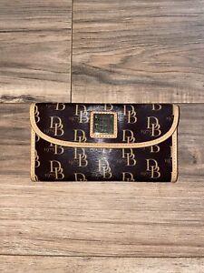 Dooney Bourke Leather & DB Signature Logo Continental Envelope Wallet Black