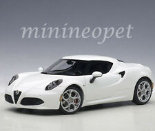 AUTOart 70185 ALFA ROMEO 4C 1/18 MODEL CAR GLOSSY WHITE