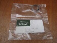 GENUINE JAGUAR  XJ40 Steering Rack Clip, Small, JLM1391