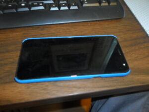 LG Solo LTE Prepaid  (Tracfone) 16GB 5.7'    screen great shape