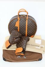 NUOVO! Louis Vuitton Monogramma KARL LAGERFELD Guantoni da boxe con valigia Tappetino RARO