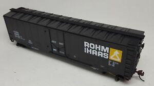 MANTUA 1/87 HO Scale ROHM & HAAS 50' Plug-Door Boxcar w/Magnetic Knuckle Coupler