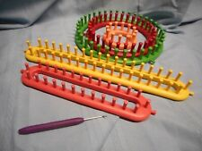5 Piece KNITTING LOOMS ROUND AND LONG HOOK YARN