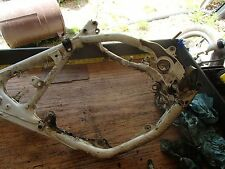HONDA CR 80 R 2000 main  frame I have more parts for this bike/others