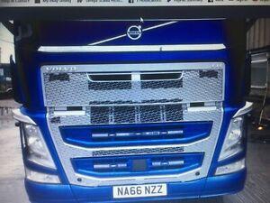 VOLVO FM / FH V4 Mirror Finish S/Steel Lower Grills and Radar Bars - White LEDS