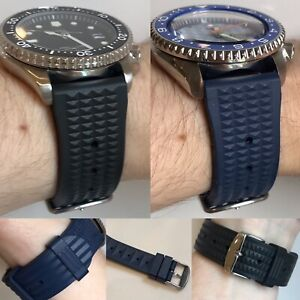 Quality FKM Rubber Waffle Strap Black Blue 20m 22mm Dust Resistant Seiko Style
