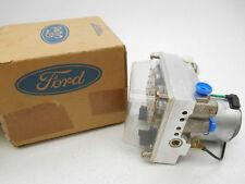 NEW GENUINE OEM Ford F60Z-2552-AA Rear Right Disc Brake Caliper W// Brake Pads