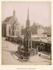 Allemagne, Nuremberg, Schöner Brunnen Vintage albumen print.  Tirage albuminé