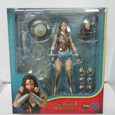 DC Wonder Woman Mafex #048 Action Figure Box Damage #2