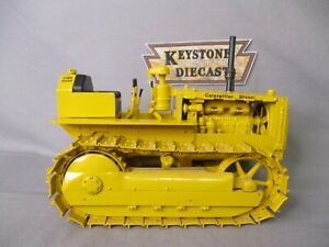 CCM Cat D4 Crawler Tractor  Caterpillar by Gilson Riecke 1/16 Used