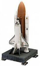 Space Shuttle Discovery and Booster Rocket 1:144 Scale Model