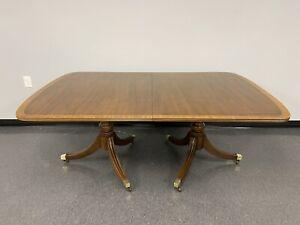 Henredon Duncan Phyfe Style Pedestal Mahogany Dining Room Table w/ 3 Leaves