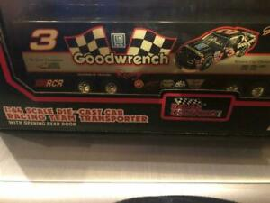 DALE EARNHARDT 1992 GOODWRENCH 1/64 RACING CHAMPIONS #3 HAULER TRANSPORTER