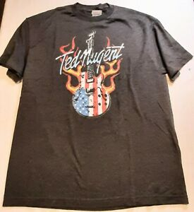 Vintage Ted Nugent American Guitar T Shirt Sz XL.  Year 2000