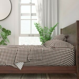 Houndstooth Check Brown And White 100% Cotton Sateen Sheet Set by Roostery