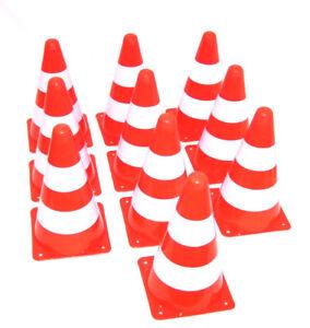 10 Stück Pylonen Verkehrshütchen Warnkegel Fußball Hütchen Kegel Pylone Neu