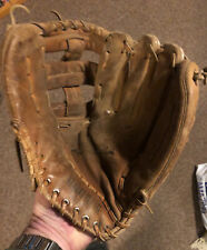 "Vintage Regent Baseball Glove ""The Saddleback"" 03970 Leather Right Hand Thrower"