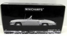 Voitures de sport miniatures gris pour Mercedes