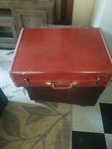 Vintage SAMSONITE TRUE SUIT CASE Shwayder Bros  Luggage