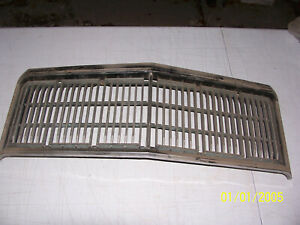 1977 1978 MERCURY MARQUIS GRILL COLONY PARK WAGON USED OEM # D5MB 8150 A