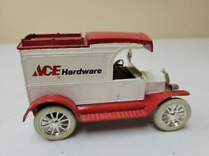 Vintage ERTL Die-Cast Replica- 1913 Delivery  Coin Bank Ace Hardware