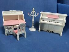 SYLVANIAN FAMILIES PRETTY PINK BEDROOM SET DESK & CHAIR PIANO ETC HOUSE HOTEL