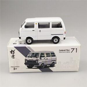 1/64 Scale Toyota DAIHATSU China Tianjin Huali TJ110 White Diecast Car Model Gif