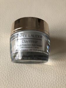Estee Lauder DayWear  Multi Protection Anti-Oxidant Creme SPF 15  - 15ml Sample