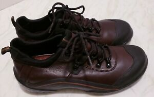 Clarks Muckers Shoes 9M Duck Lace Up Womens Brown Leather Rubber Waterproof