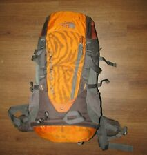 The North Face Mochila Terra 55 Naranja Gris Verti-Cool Senderismo Mochilero