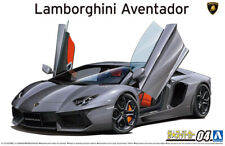 2011 Lamborghini Aventador LP700-4 1:24 Model Kit Bausatz Aoshima 058640