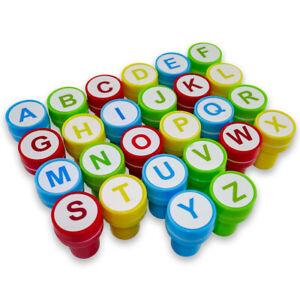 Stempel-Set für Kinder ABC mit 26 selbstfärbenden bunten Stempeln
