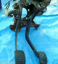 Ford Festiva   Clutch and Brake Pedal Set - Up