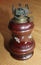 ancienne petite lampe en céramique a décor émaillé a essence pétrole huile ???