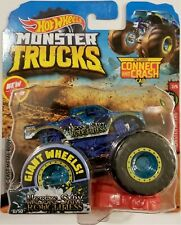 2019 HOT WHEELS MONSTER JAM NESSIE-SARY ROUGHNESS TRUCK 1:64 WITH GIANT WHEELS