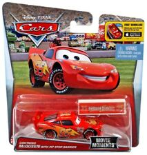 Disney Cars Movie Moments Lightning McQueen Diecast Car [with Pit Stop Barrier]