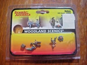 WOODLAND SCENIC ACCENTS A1862  HO Scale Railroad Figures HOBOS   NOS