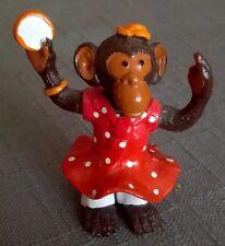 Ancienne Figurine publicitaire OMO 1996 les MINI-COSTO : Mamina