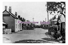 rt0180 - Golden Lion Pub , Ashton Village , Chester , Cheshire - photograph