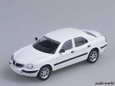 Scale model car 1/43 Gaz 3111 (white) (Aist)