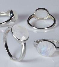 Ring Regenbogenmondstein oval facettiert 925er Sterling Silber rhodiniert