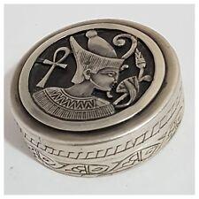 petite boite pillulier en argent - sterling - Egypte - bijoux - ancien - vitrine