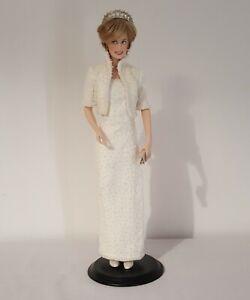 Diana Princess of Wales Porcelain Portrait Doll Franklin Mint (Loose)
