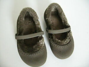 Crocs NANOOK Brown Faux Fur Lined Mary Jane Flats small girls Size: 8/9