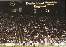 FOOTBALL  POSTCARD  -  THE SPORTING POSTCARD CO. -  GERMANY V ENGLAND - 2001